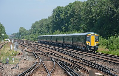 The bright red units were followed by a pair of green 387/1s on test for Great Western