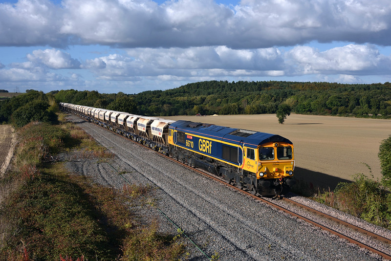 66710  'Phil Packer' races towards Monk Bretton in charge of 6E84.06/10/2016.Taken using a pole.