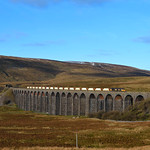 66722 eases over the famous 'Ribblehead' viaduct in charge of 6M33  Arcow stone.25/11/2016.