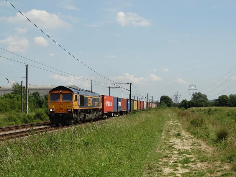 66747 - Marholm<br /> <br /> 4M29 10:29 Felixstowe North GB Railfreight to Kingsbury Birch Coppice GB Railfreight