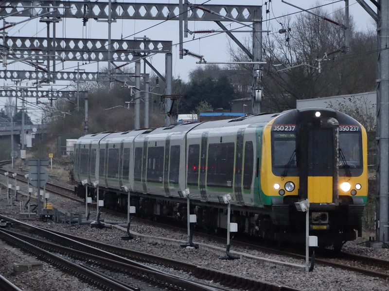 350237 - Rugby
