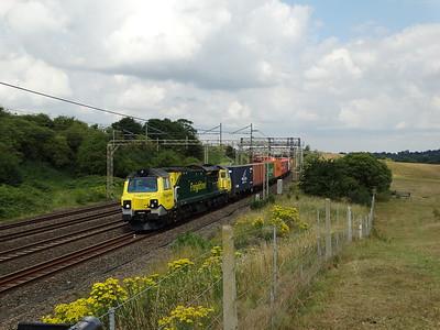70017 - Old Linslade  4L97 08:14 Crewe Basford Hall SSM to London Gateway Power Line