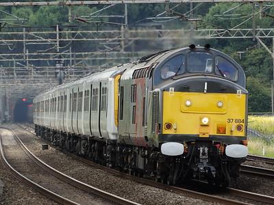 37884 - Old Linslade  5M94 Hornsey EMU Depot - Long Marston (Units 319421 & 319003 for storage)
