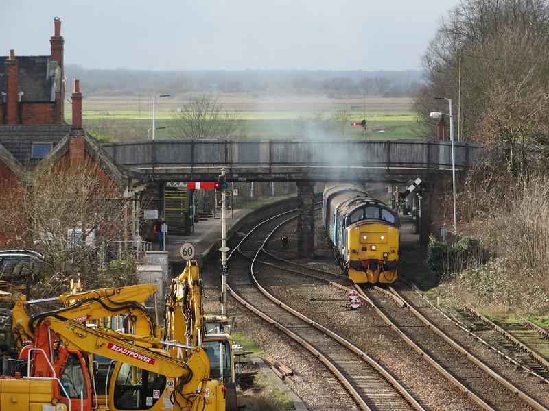 37425 - Reedham (Norfolk)<br /> <br /> 2J80 14:55 Norwich to Lowestoft