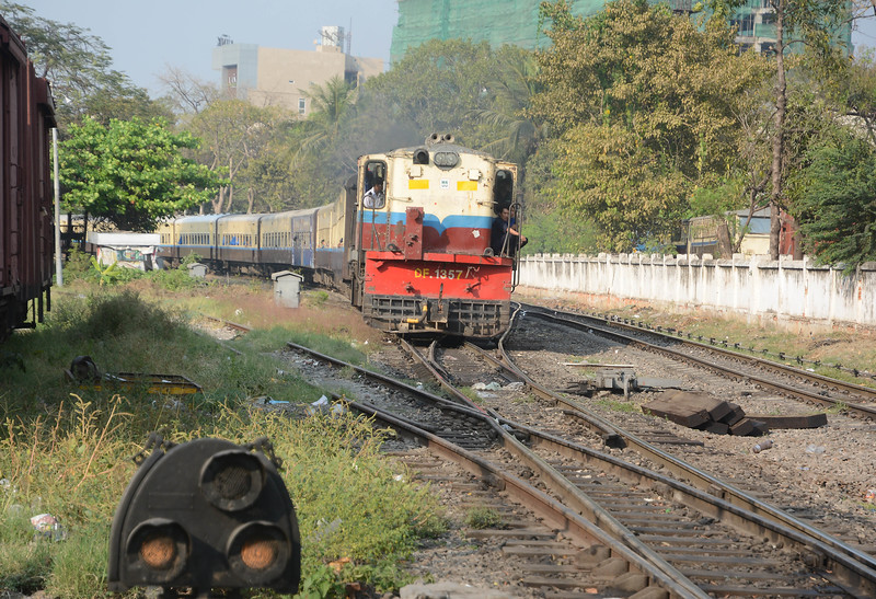 Not sure what this Alco headed train was which left Mandalay at 16:00. It may have been a Myitkyina train as it contained both upper class sleepers and a restaurant car. The 14:10 to Myitkyina hadn't run, so may be this was it, either running late or retired.