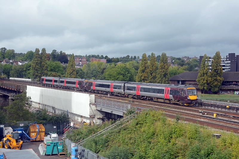 Final shot from an enjoyable couple of hours. XC's 10:45 Cardiff to Nottingham, and two 170s working in multiple.