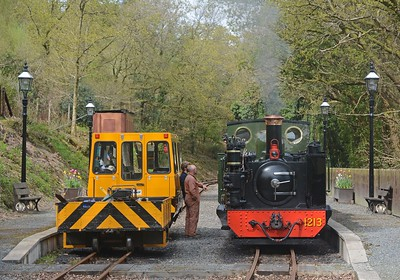 The crews exchange pleasantries. The VoR has gone to great lengths to smarten the stations. Working gas lamps have been fitted here at Aberffrwd.