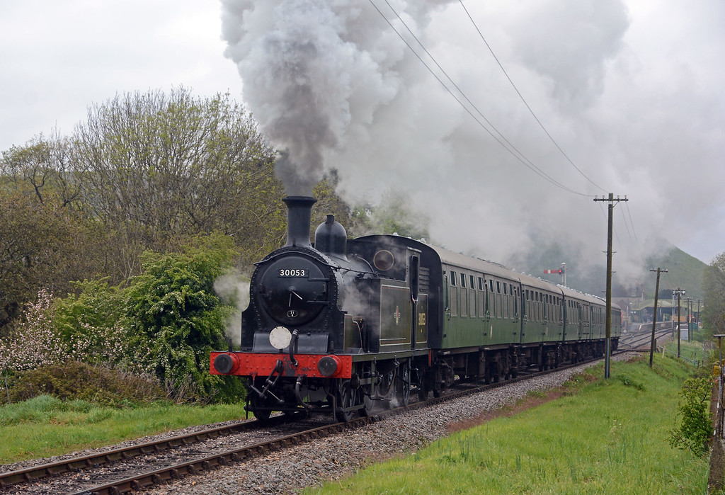 And here it is storming up the grade from Corfe Castle on the 14:40 Norden to Swanage. A very 1950s Southern Region scene (if you look beyond the solid Mk 1 set).