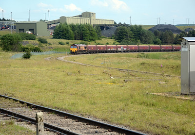 The line that 4C95 is on is the former Rhymney Railway's Taff Bargoed line to Dowlais Top, which served the Dowlais Ironworks Company's steelworks and numerous colleries. In the foreground is the line into Miller-Argent's Cwmbargoed washery