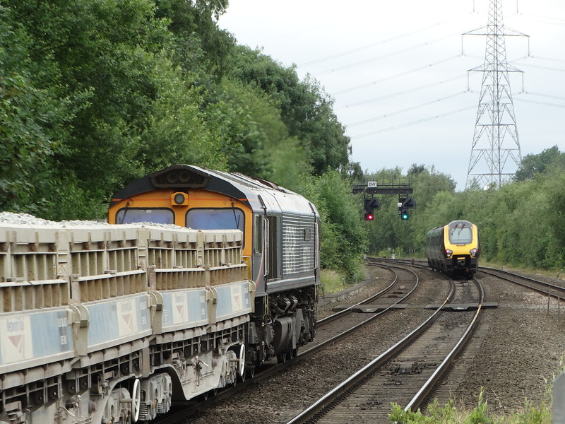 66724 - Water Orton<br /> <br /> 6G16 11:23 Cliffe Hill Stud Farm GB Railfreight to Bescot Up Engineers Sidings