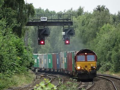 66207 - Water Orton  4L07 11:38 Burton On Trent West Yard Maurice H to Felixstowe North English Welsh & Scottish Railway