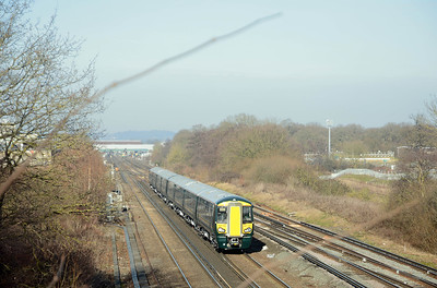 I was actually at Tinsley Green for yet another electrostar variant, Great Western 387 142 and 387 143 on a Bletchley to Bletchley mileage accumulation run.