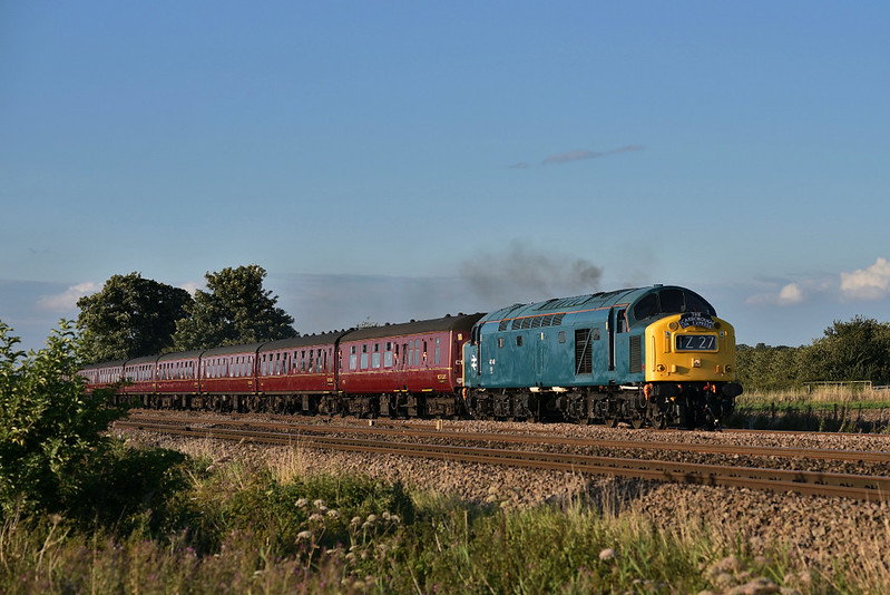 40145 heads west in charge of 1Z27 'The Scarborough Spa Express'.17/08/2017.
