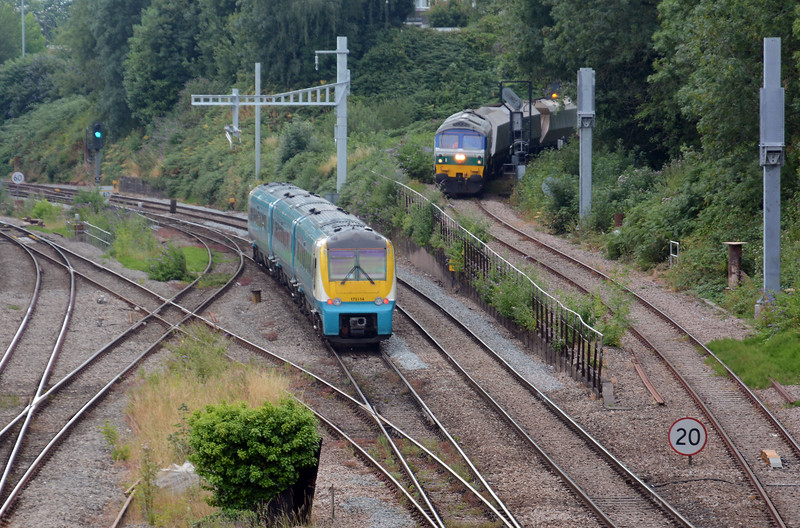 This is what brought me down to Newport this afternoon, the running of the Westbury to Machen Quarry and vv. 59004 is on the 6C80 Machen to Westbury and has just started to descend to Gaer Junction as the 11:31 Manchester Piccadilly to Carmarthen passes