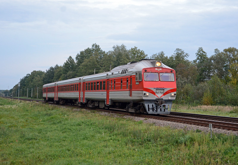 Last shot of the day, Another rebuilt DR1A heading west towards Kybartai