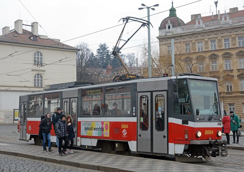 A single T6A5 at Malostranska