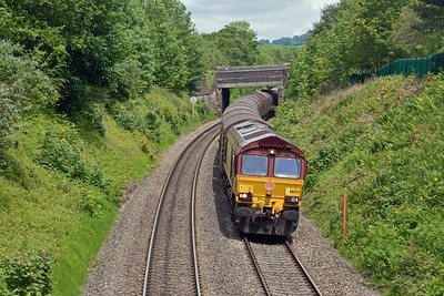 An 0M80 ran last night to Dee Marsh, almost guaranteeing a 6V75 today. And here it is, 66023 with 27 assorted coil carriers.