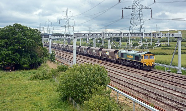 Right behind the HST came FLHH 66616 with a rake of HHA hoppers forming 6B81from Stoke Gifford to Margam, unusually running on a Wednesday.   Picking up another load of blast furnace slag?