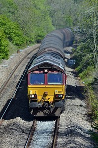 Behind it came an ADJ to Margam LE and behind that was 66169 on 6V05 from Round Oak.