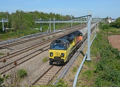 Running 34 late Colas 70802 on 6C36 Westbury to Aberthaw