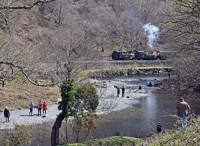 Plenty of fans on hand as the train reached the end of the Aberglaslyn Pass.