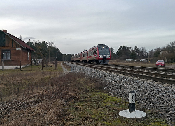 Final picture before I started the four hour drive back to Riga, and it's the second of the day's four passenger trains, this time one of the new-ish RVR DR1AC rebuilds. It was running on time for a 16:32 arrival in Daugavpils.