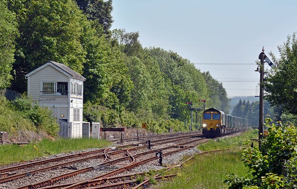 A few minutes after the DMU 66543 appeared on a 6M36 East Usk to Tunstead, a bonus for a bank holiday