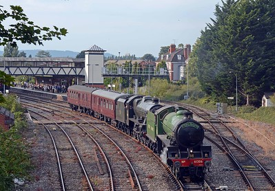 After a long wait, thanks to the late running 13:00 Milford Haven to Manchester, Mayflower and Bahamas reverse onto the coaching stock.
