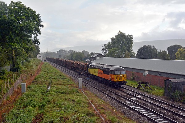 6Z51 was not held at Newport today, might it be running early? I hung around to find out. In the event it was looped at Panteg instead, passing Abergavenny only a couple of minutes early during the tail end of a downpour.