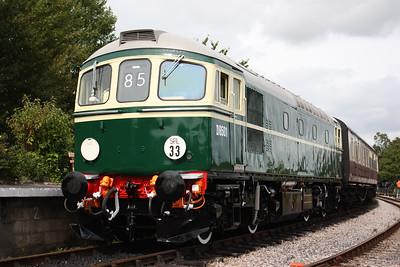 33002 Totnes 1300 Buckfastleigh - Totnes 30/8/14 (Photo taken with permission)
