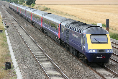 43126 leads the 1300 Bristol Temple Meads - Paddington past Cholsey Manor Farm 26/7/14