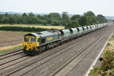66508 passes Cholsey Manor Farm with 1156 Neasden - Pengam 26/7/14