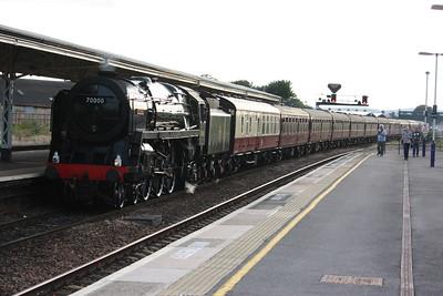 70000 Britannia arrives at Taunton with the Minehead - Paddington charter 25/7/15