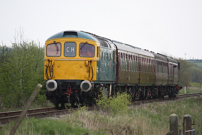 33102 approaches Lower Lady Meadows Crossing, Ipstones with 1625 Ipstones - Froghall 3/5/14