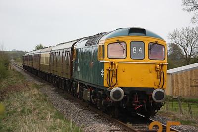 33102 'Sophie' departs Ipstones with 1340 Ipstones - Froghall 2/5/15