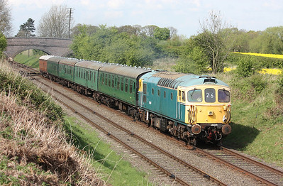 33116 passes Woodthorpe with 1515 Loughborough - Leicester North on its first official day back in traffic since being taken out of traffic in late 2009 for collision damage and engine/electrical repairs 24/4/14