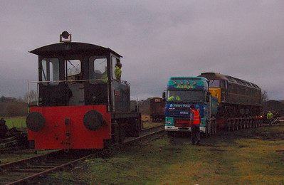 In very poor light Darlington (RSHD8343/1962) managed to get the load moving and onto firmewr ground.
