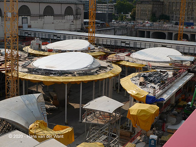 Building the new station in Stuttgart.