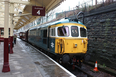 33109 'Captain Bill Smith RNR' Bury with the 1130 Heywood - Rawtenstall 15/2/14