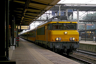 1744 arrives at Dordrecht with an Amsterdam CS to Den Haag Centraal. 10th June 2004.