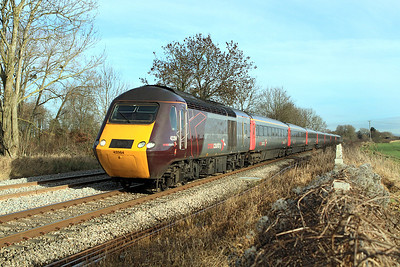 43384 & 43357 have charge of the 06.08 Edinburgh to Plymouth Cross Country service.