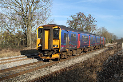 150249 passes Gossington forming the 12.42 Gloucester to Frome.