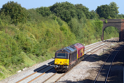 Running in the path of 6V38 67006 & 67022 pass Westbury Lane, Purley-on-Thames from Eastleigh to Didcot. Wednesday 5th September 2012.