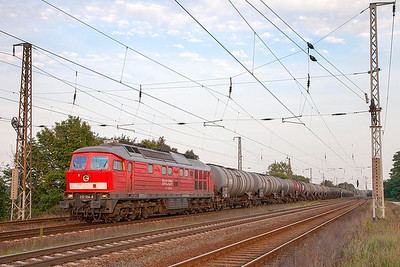 Another long tank train this time headed by 'Ludmilla' 232 534 westbound at Saarmund. 24th September 2010