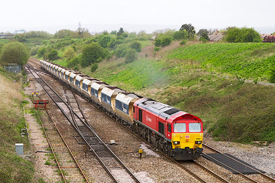 59204 climbs away from the Severn Tunnel with 6A83 12.15 Machen Quarry to West Drayton via Westbury loaded stone. Friday 10th May 2013.
