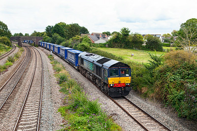 66421 passes Undy with 4V38 09.34 Daventry to Wentloog Tesco Express. Sunday 24th August 2014.