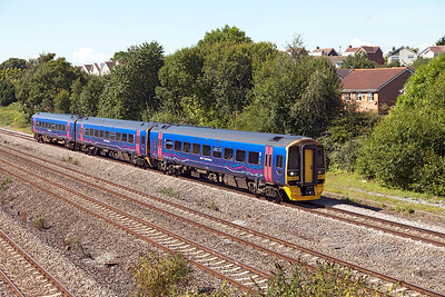 158957 passes Church Road, Undy on the Up Slow forming 1F17 12.30 Cardiff Central to Portsmouth Harbour. Tuesday 30th August 2016.