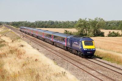 43152 looking ex works passes Bourton with 43098 working the 1A14 11.00 Bristol Temple Meads to Paddington. Wednesday 23rd July 2014.