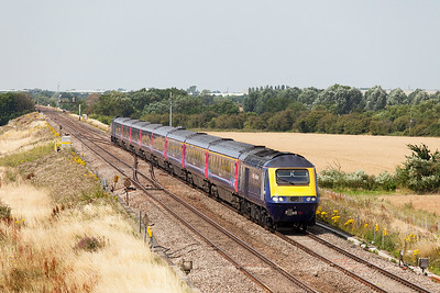 43130 & 43124 have charge of 1L51 10.55 Cardiff Central to Paddington passing Bourton crossovers. Wednesday 23rd July 2014.