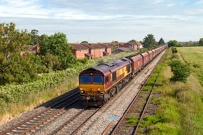 66013 passes Ashchurch Loop with 4V70 05.07 Ratcliffe Power Station to Portbury Coal Terminal empty hoppers. Friday 13th JUne 2014.